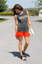 charcoal gray shirt - carrot orange skirt