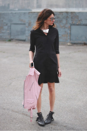 black French Connection dress - light pink vintage vest