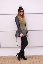 Zara vest