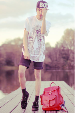 Illustrated People t-shirt - Boy London hat - Topman shorts - Underground flats