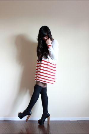 white H&M sweater - black socks - black Jessica Simpson shoes