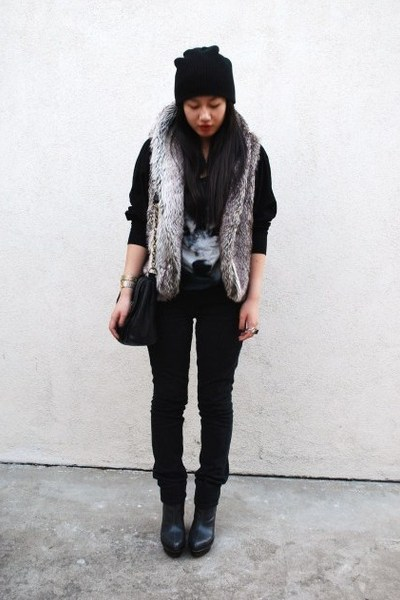 black H&M sweater - gray Forever 21 vest - black Levis jeans - gray payless boot