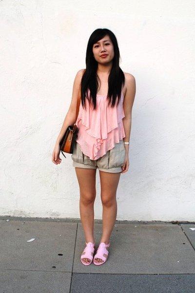 beige Generation V shorts - pink Givenchy shoes