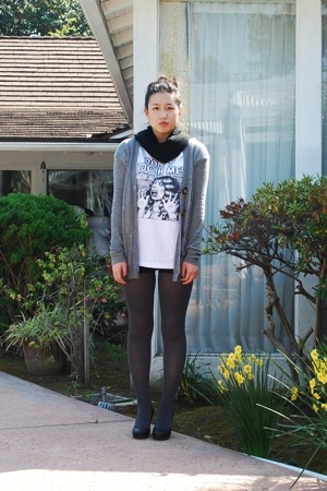 Supreme shirt - abercrombie & fitch jacket - H&M shorts - Chinese Laundry tights