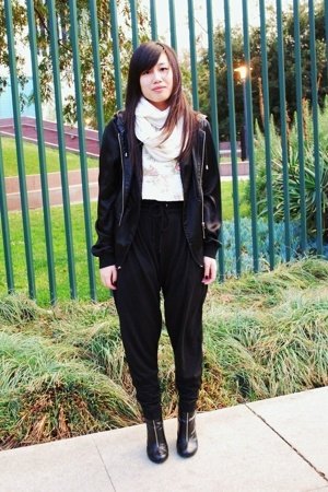 Guess - Zara pants - H&M scarf - American Apparel jacket - Forever 21 - H&M