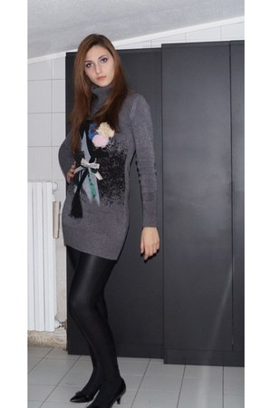 Miss Miss sweater - leather leggings - sfn heels