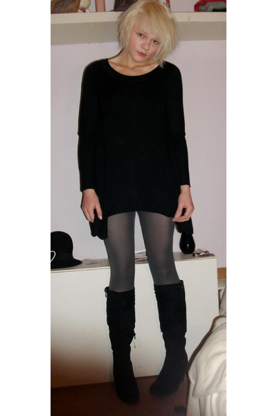 black oversized H&M sweater - black wedges boots - gray H&M tights