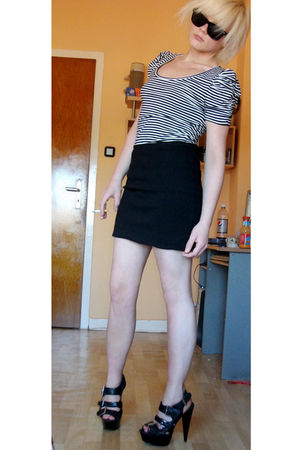 black H&M skirt - black H&M shirt - black Catwalk shoes - black glasses