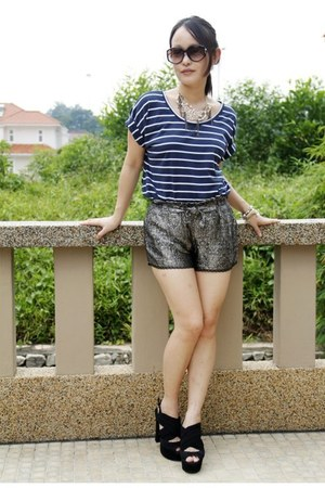 DIY shorts - su-estilo top - Aldo heels