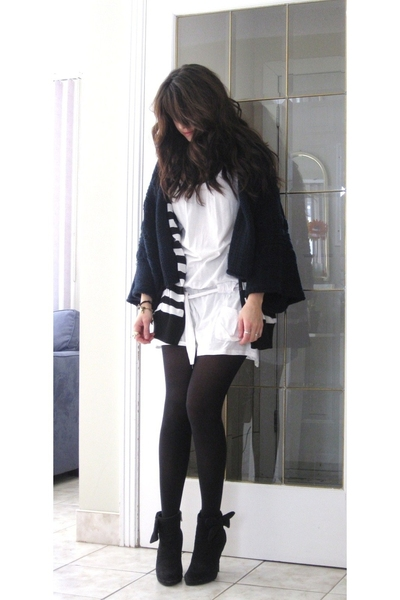Mango sweater - Zara dress - Sirens vest - le chateau shoes