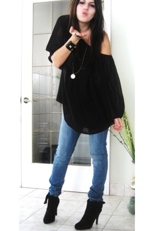 Zara top - BDG jeans - le chateau boots - forever 21 accessories - H&M necklace