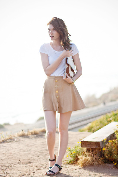camel DIY skirt - black Stylenanda shoes - white H&amp;M shirt - camel DIY purse