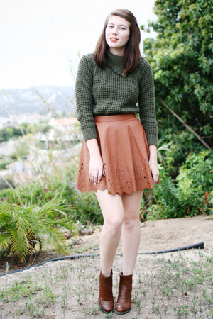 olive green Zara sweater