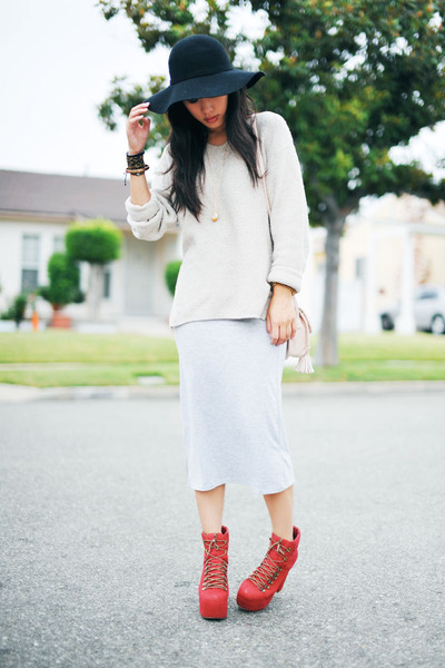 long maxi grey romwe skirt - ruby red Jeffrey Campbell boots
