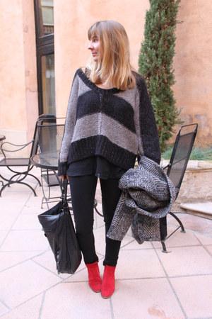 prairies de paris boots - SANDRO coat - Zara jeans - balenciaga bag - Kookai jum