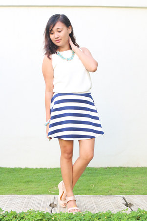 fab top - Follie accessories - Forever 21 skirt - Five and Co wedges