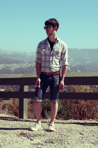black thrifted glasses - black H&M t-shirt - gray JCrew shirt - brown JCrew belt