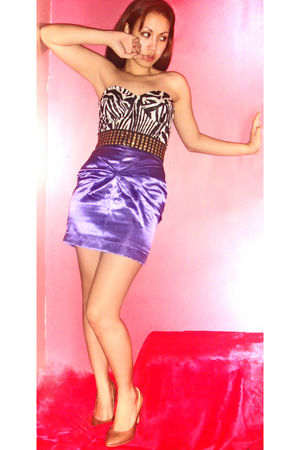 white Trs Belle top - purple Trs Belle skirt - black People R People belt - beig