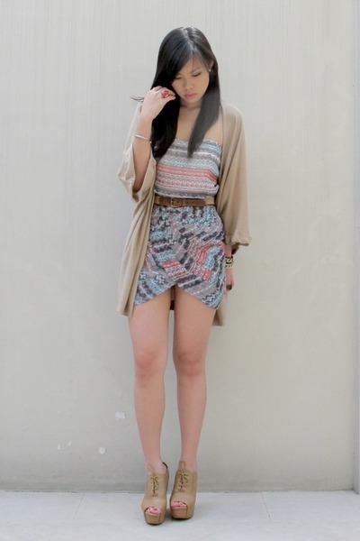 bubble gum aztec by Jeanne dress - tan Forever 21 wedges