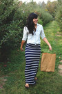 Light-blue-chambray-gap-shirt-navy-striped-maxi-for-elyse-skirt