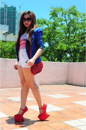 white Zara shorts - red Aldo bag
