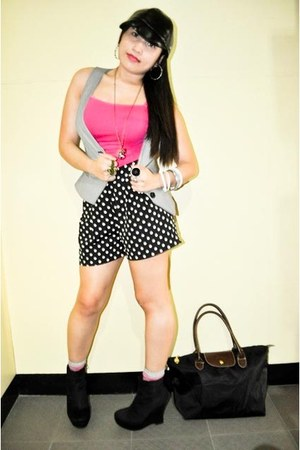 heather gray Mango vest - hot pink Forever 21 top - Forever 21 shorts - black Fo