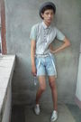 Gray-paporma-hat-gray-korean-store-top-gray-shorts-silver-wade-shoes-whi