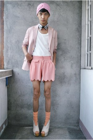 bubble gum paporma blazer - bubble gum thrifted shorts
