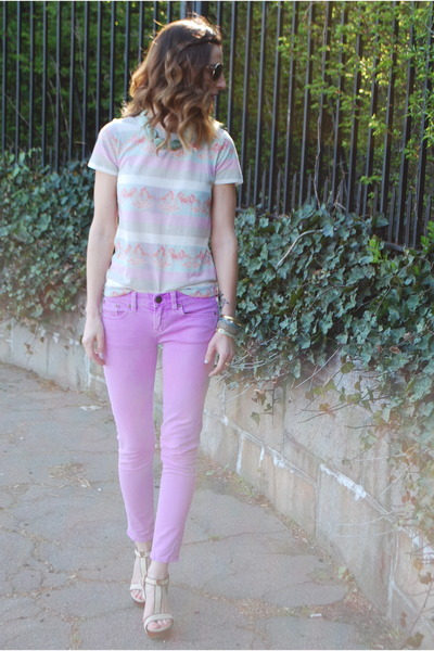light purple JCrew jeans - horse print tee Urban Outfitters shirt