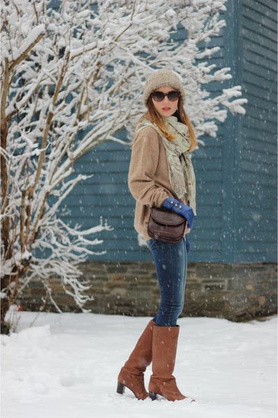 brown leather Maxwell Scott bag - light brown leather JCrew boots