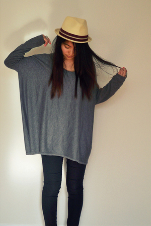 H&amp;M sweater - f21 hat