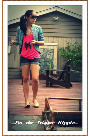 pink Nordstrom t-shirt - blue Zara jacket - gold Spring shoes - black Zara acces