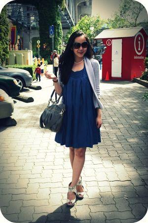 blue Zara dress - gray Reitmans cardigan - white H&M shoes - gray Aldo purse