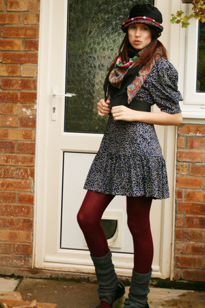 my sisters hat - flea market scarf - vintage via Ebay dress - Peacocks tights -