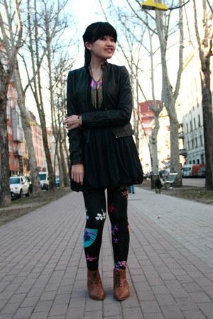 black versace leggings - bronze Zara shoes - black Lefties jacket