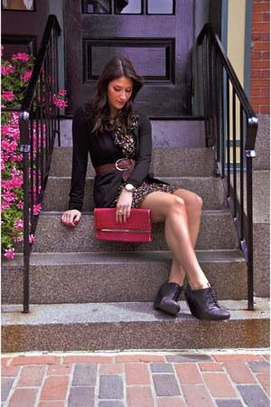 black oxford Aldo wedges - red floral print Forever 21 dress