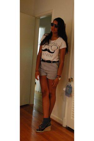 white Zara t-shirt - gray Forever21 shorts - blue Tommy Hilfiger shoes - black b