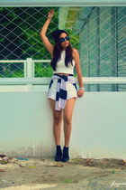 white skort cotton shorts - black wedge shoes - white cropped top