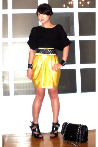 yellow Glitterati skirt - black Anthem shoes