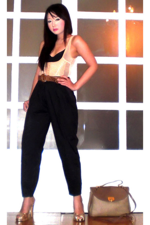 beige Glitterati intimate - black Moonshine pants - brown Chanel belt - beige Ni