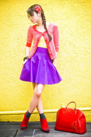 purple Glitterati skirt - red strappy michael antonio shoes