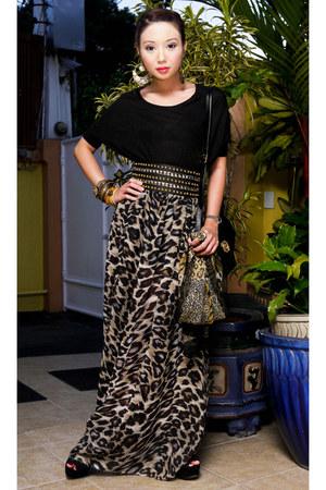 oversized tee Zara shirt - sheer leopard random scarf - Topshop wedges