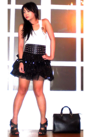 black Glitterati skirt - black Zara shoes - black Louis Vuitton purse