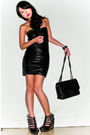Black-glitterati-top-black-glitterati-skirt-black-grommet-belt-black-chane