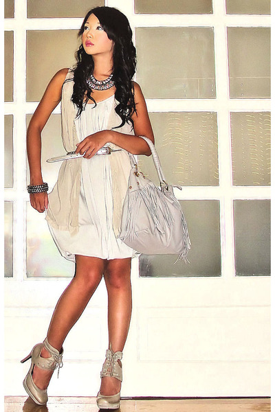 gray random brand dress - gray Topshop shoes - gray fringe hobo Chick Flick bag
