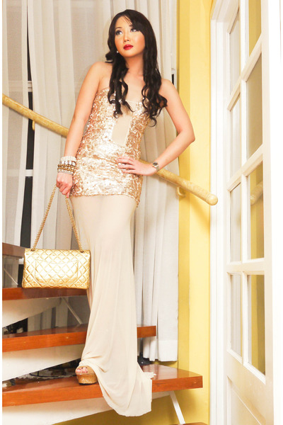 gold 255 Chanel purse - off white Glitterati dress - camel CMG heels
