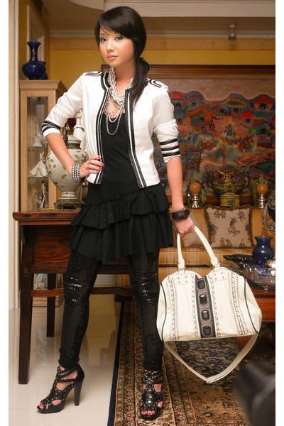 white From my sisyer bag - black online shoes - black ruffle shift Topshop dress