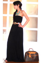 black Glitterati dress - beige Vintage Italian belt - blue Vida Jewelry necklace