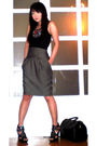 Black-mango-top-gray-zara-skirt-black-cosmopolitan-necklace-black-online-s