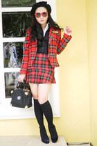 black Gravity shoes - red Zara blazer - black vintage bag - black H&M vest